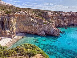 Playa Tsigrado, Milos