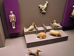 Museo de Arte Cicladico, figurines