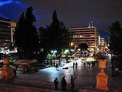 Plaza Sintagma al anochecer