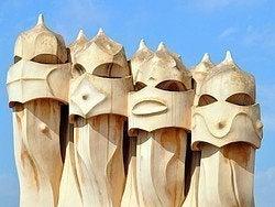La Pedrera, chimeneas