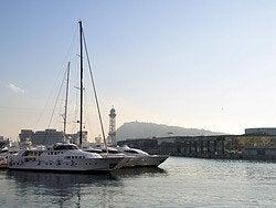Recorriendo el puerto de Barcelona