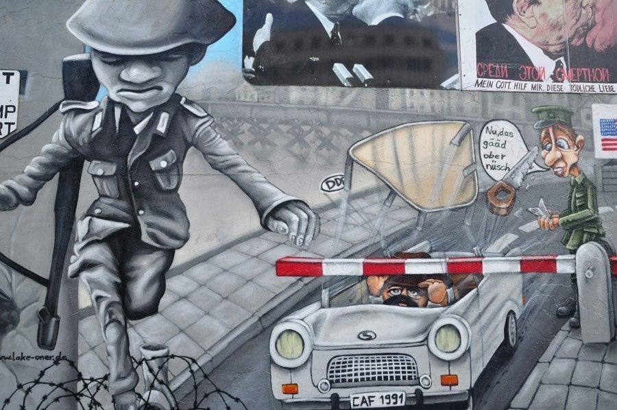 Grafitis en East Side Gallery