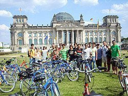 Parada junto al Parlamento Alemán