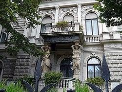 Avenida Andrassy, detalle edificio Budapest