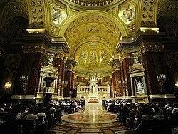 Interior de la Basílica de San Esteban