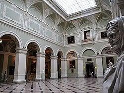 Museo de Bellas Artes, sala de exposiciones