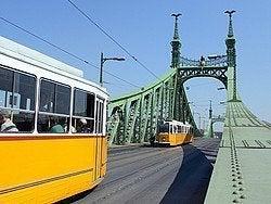 Tranvías recorriendo la ciudad