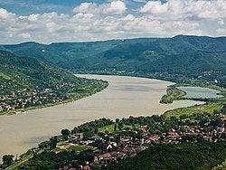 El Danubio desde la colina de Visegrád