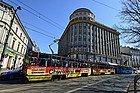 Tranvía recorriendo Cracovia