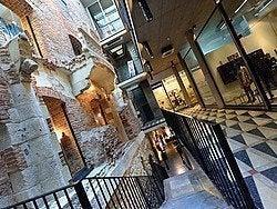 Galería comercial Passage 13