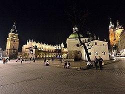 Plaza del Mercado al anochecer