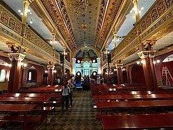 Sinagoga Tempel, interior