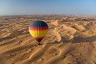 Paseo en globo por el desierto de Dubai