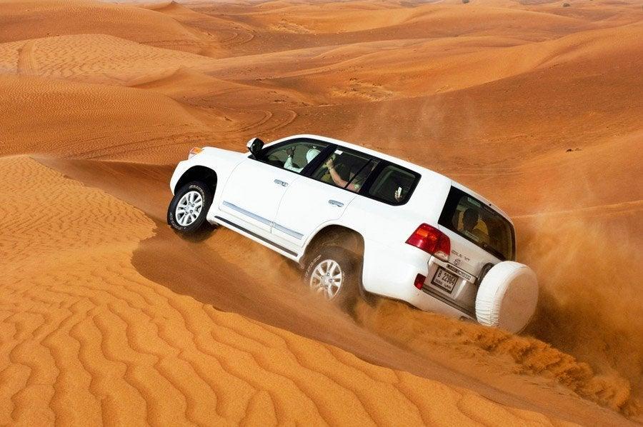 Surcando las dunas en 4X4