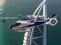 Sobrevolando Jumeirah y el Burj Al Arab