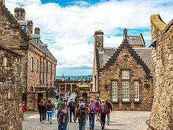 Castillo de Edimburgo, interior