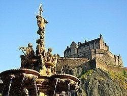 Castillo de Edimburgo desde Princess Street