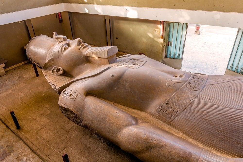 Escultura del Coloso de Ramsés II