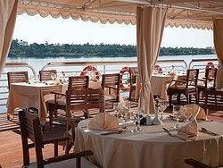 Crucero Amarco, restaurante