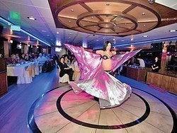 Danza del vientre durante el crucero