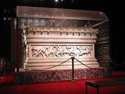 Sarcofago de Alejandro