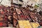 Curtidores en Fez, detalle de las tinajas