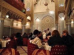 Restaurante en Fez, cena espectaculo