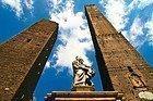 Bologna, torri Garisenda e Asinelli
