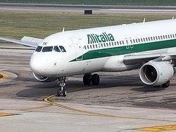 Aéroport de Florence, Avion d'Alitalia