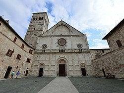 Asís, Duomo