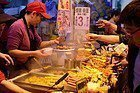 Puesto de comida en Mong Kok