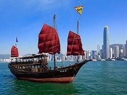 Aqua Luna, el barco más bonito de Hong Kong