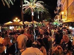 Zona de pubs del puerto de Ibiza