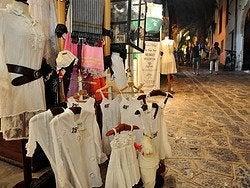 Tienda de Ibiza con ropa ibicenca