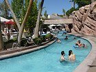 MGM Grand, piscinas