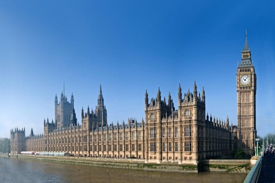 Palazzo di westminster le case del parlamento di londra for Le due camere del parlamento