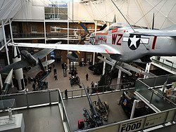 Imperial War Museum, hall