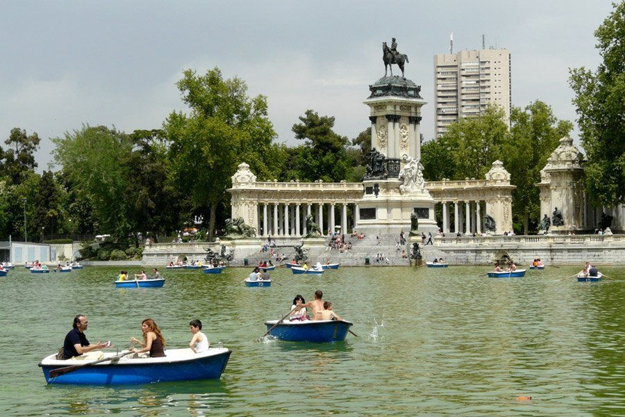 Retiro Park - One of Madrid's largest and liveliest parks
