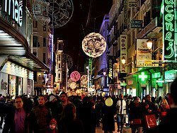 Rue Preciados à Noël