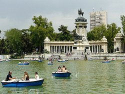 Retiro Park, lake and monument to King Alfonso XII