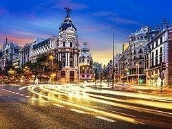 La Gran Vía, el Broadway de Madrid