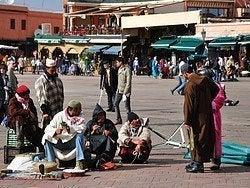 Domadores de serpientes en Jamaa el Fna
