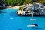 Menorca en velero, tour de día completo