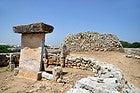 Poblado Talayotico Trepuco, taula y talayot