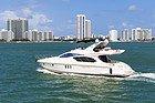 Recorriendo Miami en barco