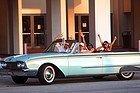 Attraversando Miami in un'auto d'epoca