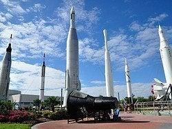 Centro Espacial Kennedy, Jardin de cohetes