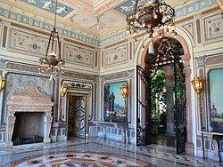 Vizcaya Museum and Gardens, Mansion