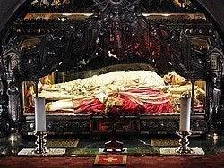 Basílica de San Ambrosio, esqueletos