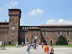 Castello Sforzesco, cortile